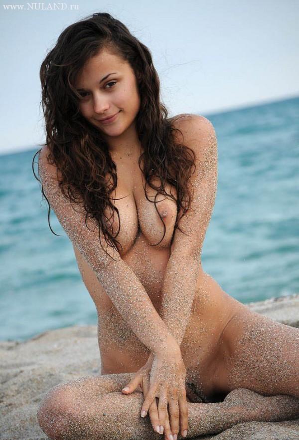пизда в песке