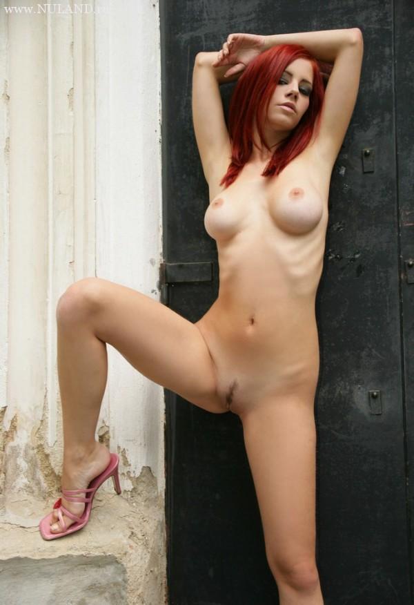 порно модель Ариель