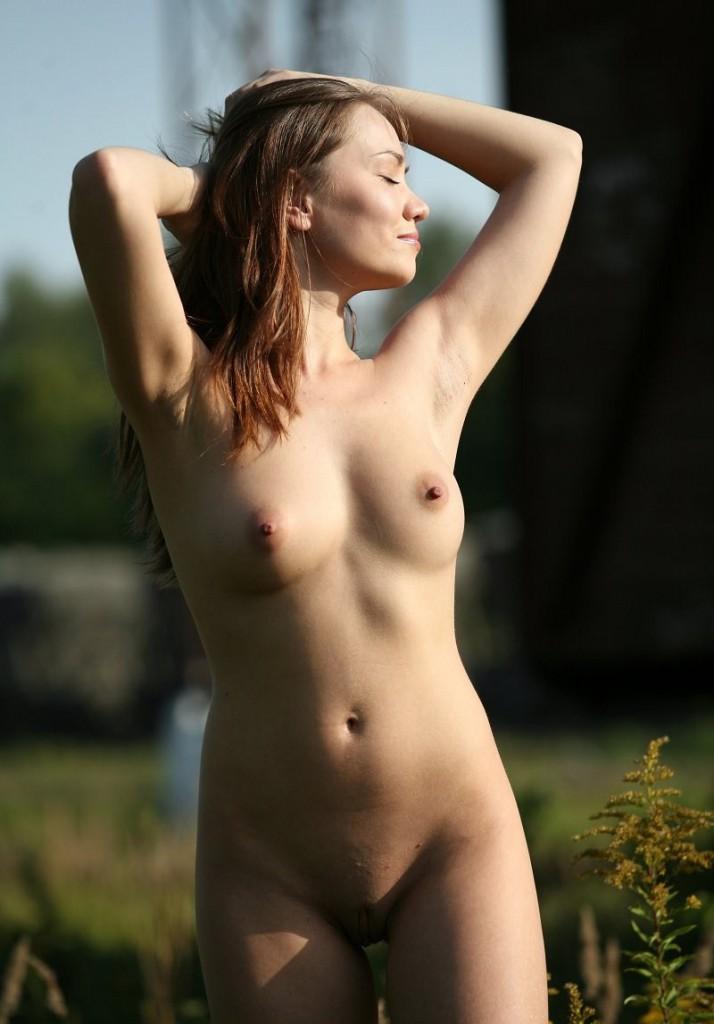 Голая Женщина